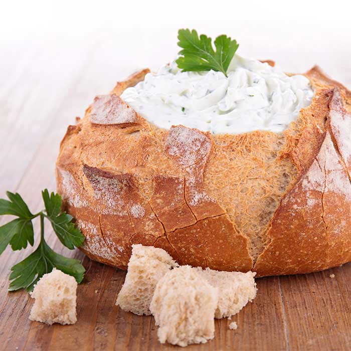 Creamy Spinach Dip in Sourdough Bread Bowl